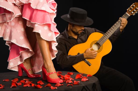 испанская гитара очень красивая музыка слушать называется МАНАТ!